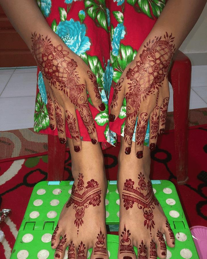Magnificent Henna Design