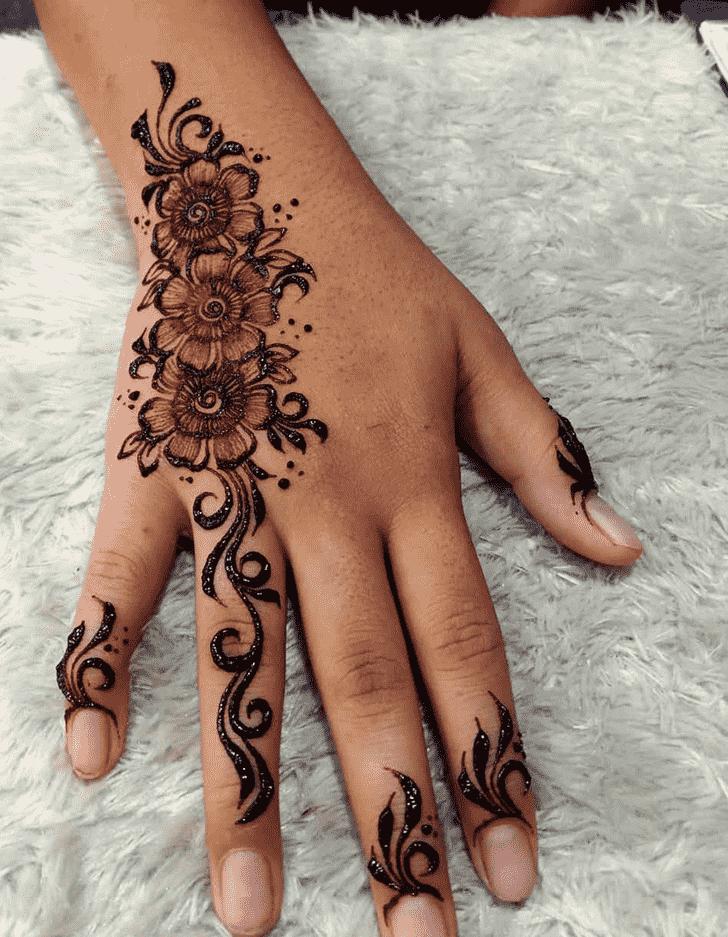 Appealing Helsinki Henna Design