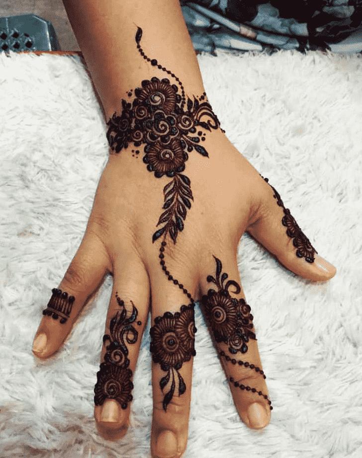Charming Helsinki Henna Design