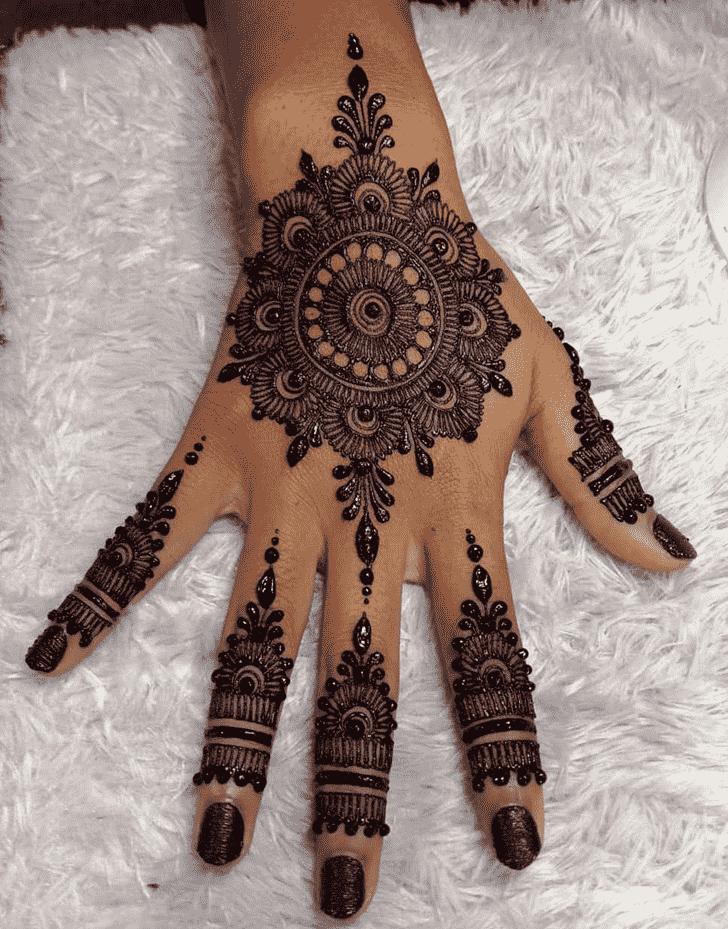 Classy Helsinki Henna Design