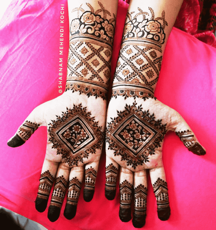Enthralling Holi Henna Design