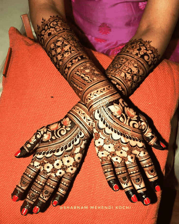 Fetching Holi Henna Design