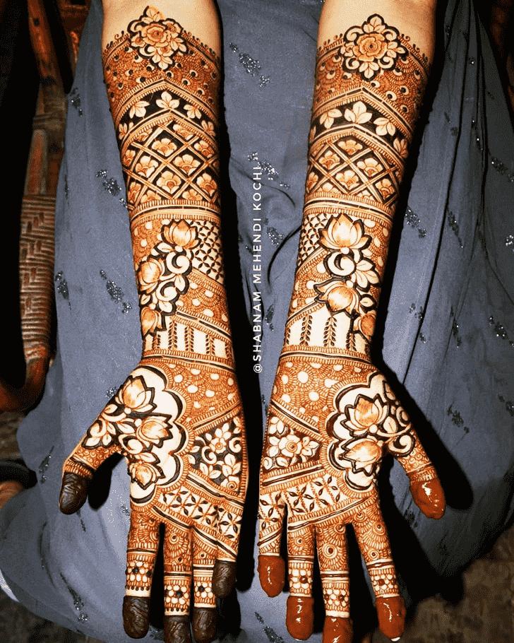 Grand Holi Henna Design