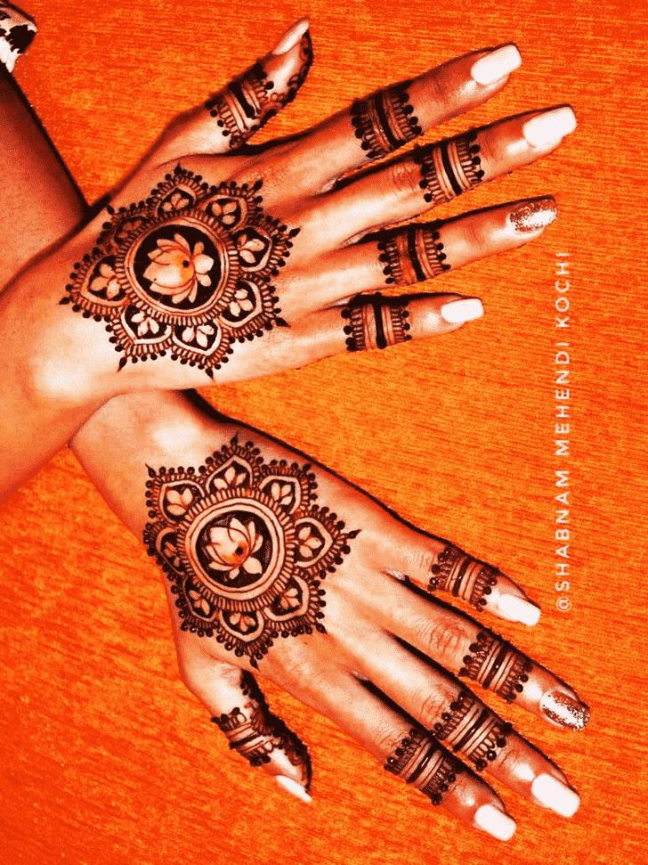 Inviting Holi Henna Design