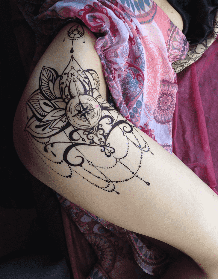 Alluring Hot Henna Design