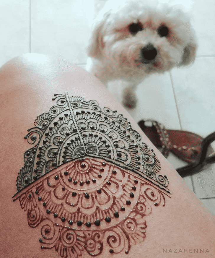 Captivating Hot Henna Design