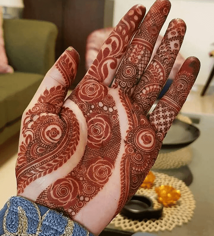 Admirable Independence Day Mehndi Design