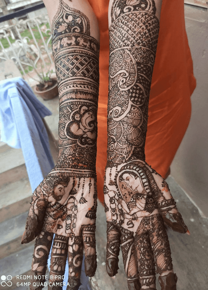 Classy Independence Day Henna Design