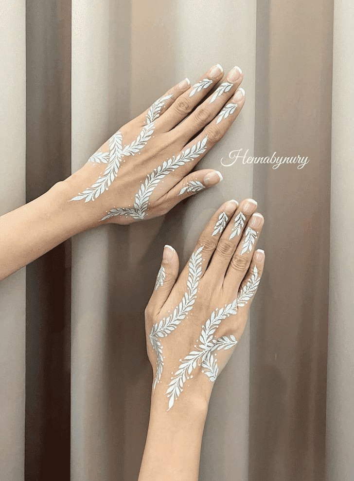 Fascinating Independence Day Henna Design