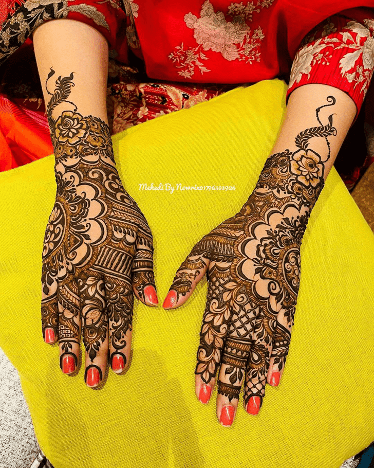 Fetching Independence Day Henna Design