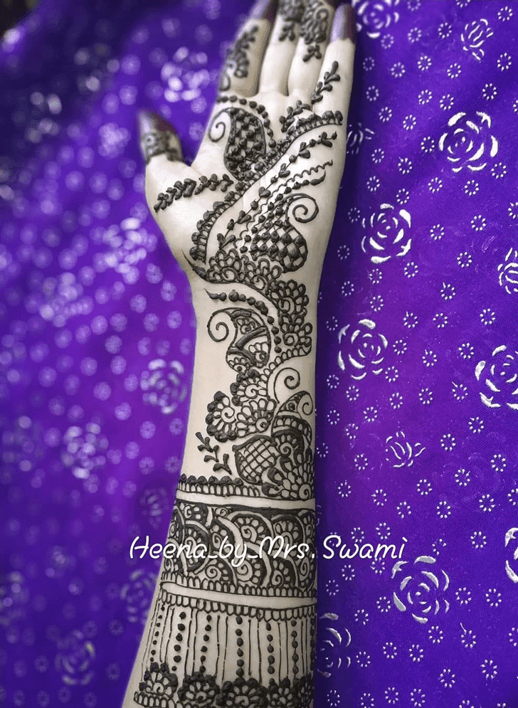 Grand Independence Day Henna Design