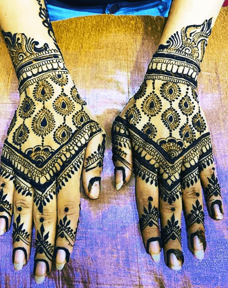 Shapely Indian Henna design