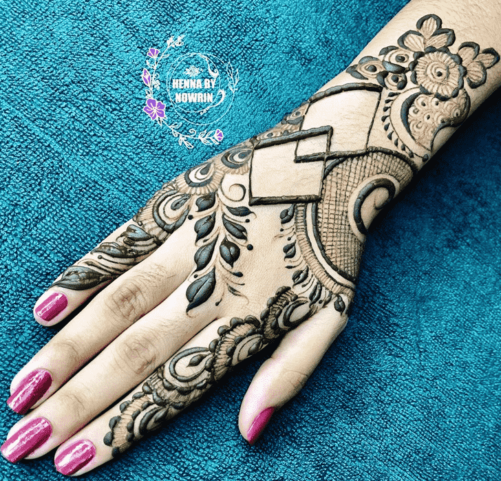 Alluring Indo Arabic Henna Design