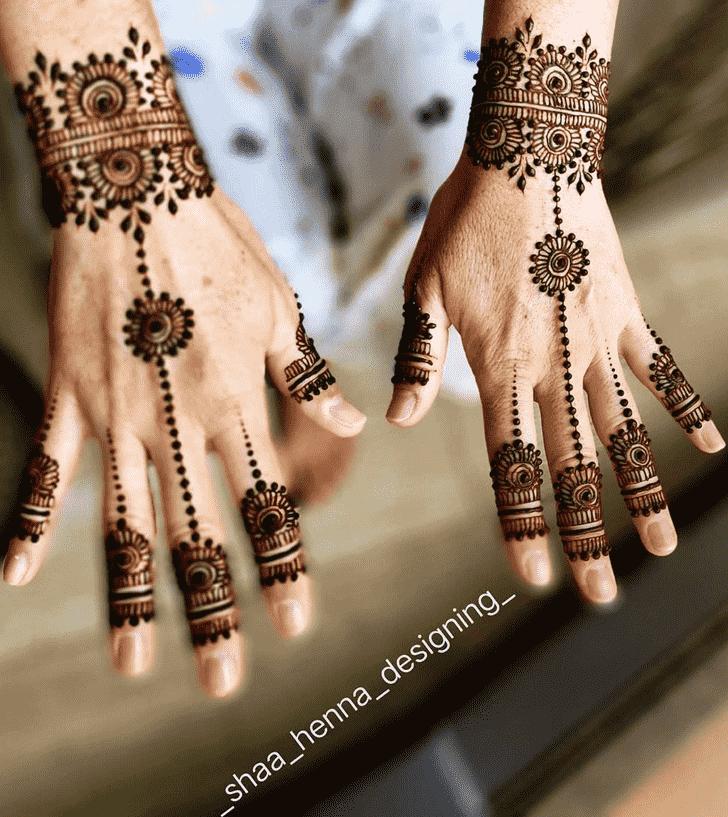 Captivating Indo Arabic Henna Design