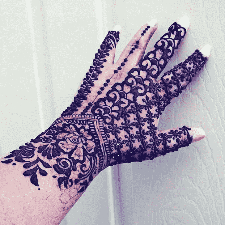 Classy Ireland Henna Design