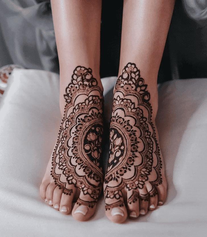 Classy Israel Henna Design