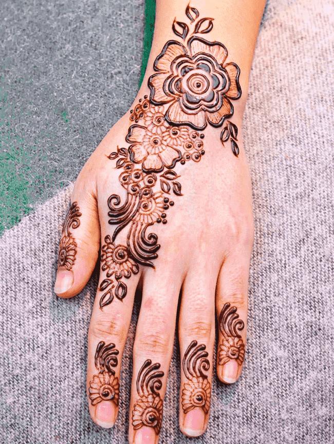 Classy Janakpur Henna Design