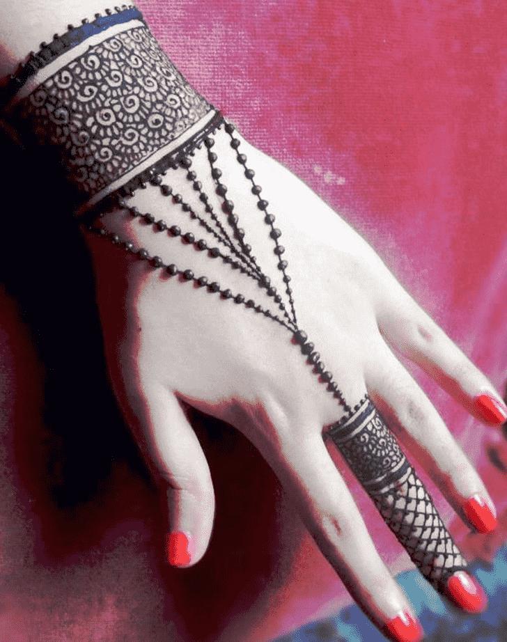 Beauteous Jewellery Henna Design