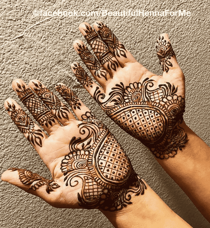 Alluring Jewelry Henna Design