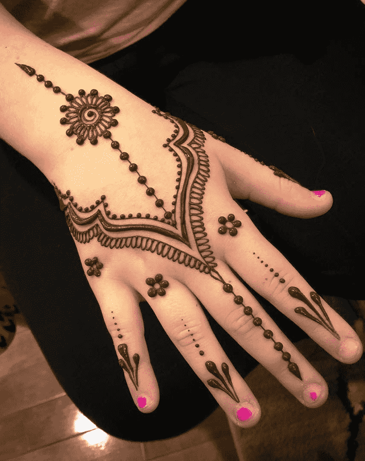 Captivating Jewelry Henna Design