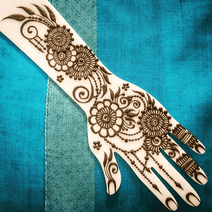 Charming Jewelry Henna Design