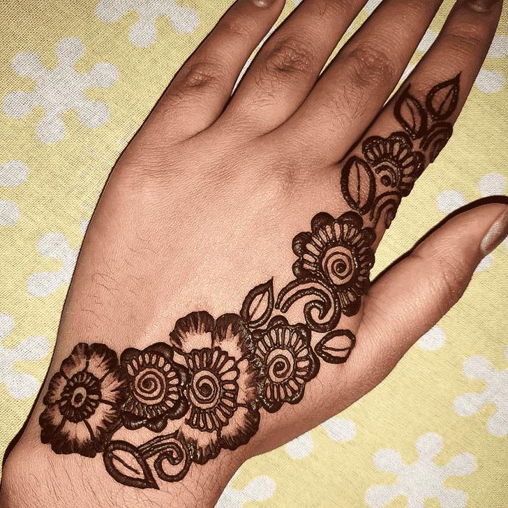 Bewitching Kanpur Henna Design