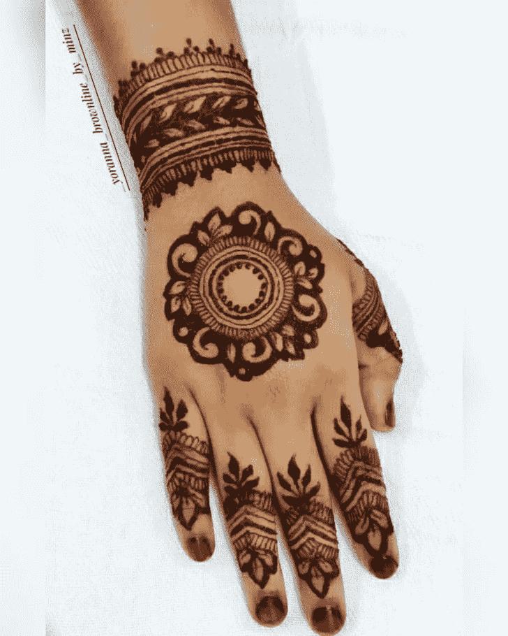Captivating Kanpur Henna Design