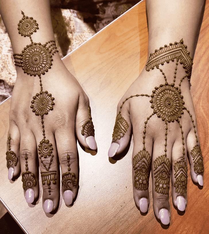 Angelic Karachi Henna Design