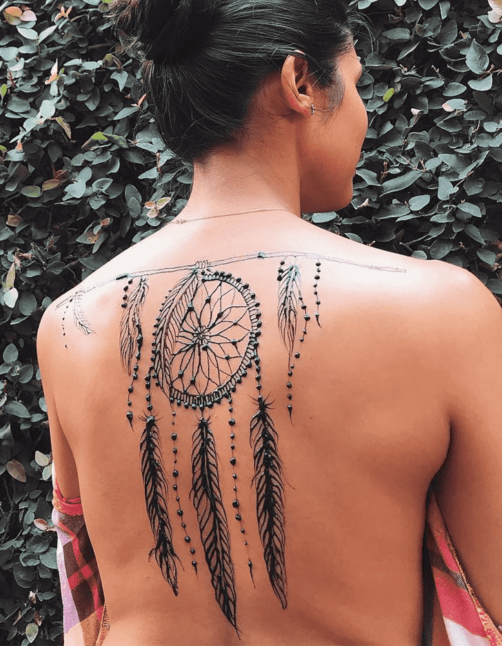 Bewitching Karachi Henna Design