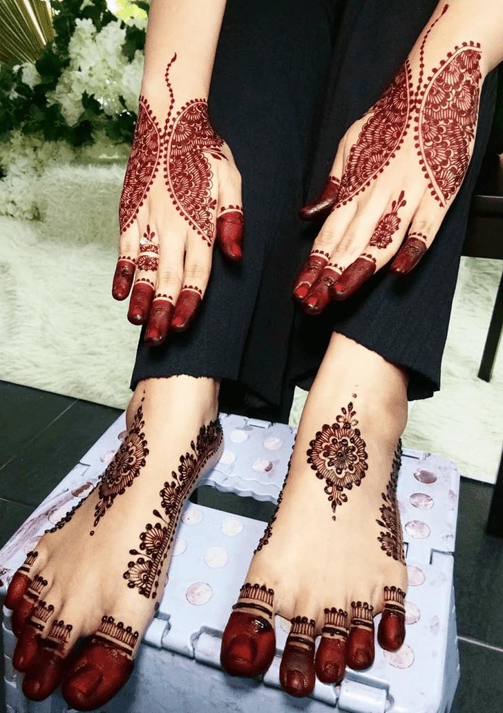 Appealing Karva Chauth Henna Design