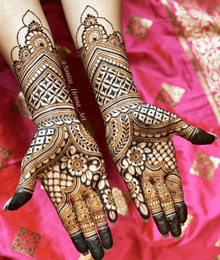 Bewitching Kashmiri Henna Design