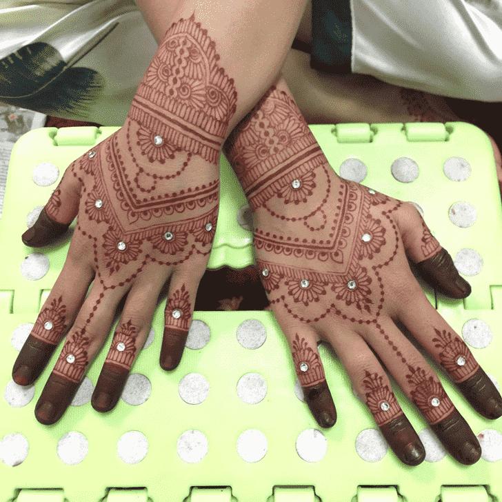 Dazzling Kasol Henna Design