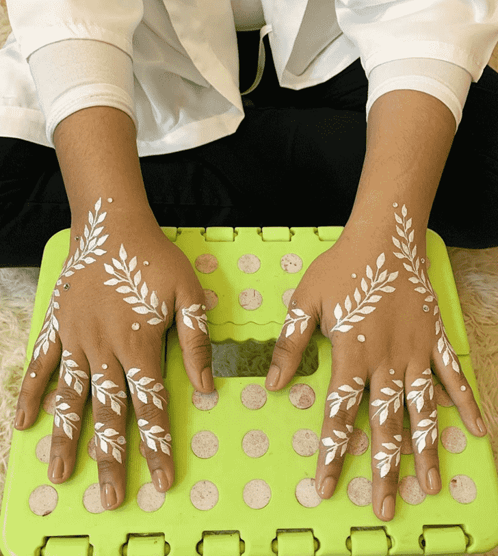 Arm Kasol Henna Design