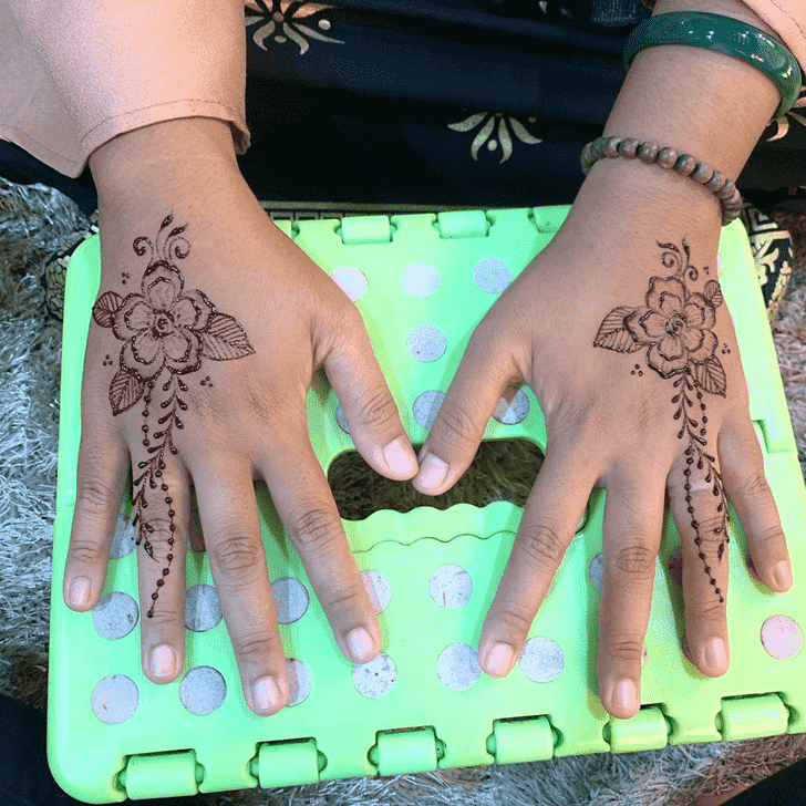 Exquisite Kasol Henna Design
