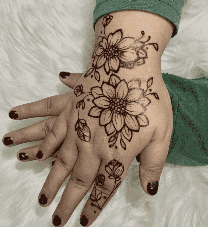 Fascinating Kasol Henna Design