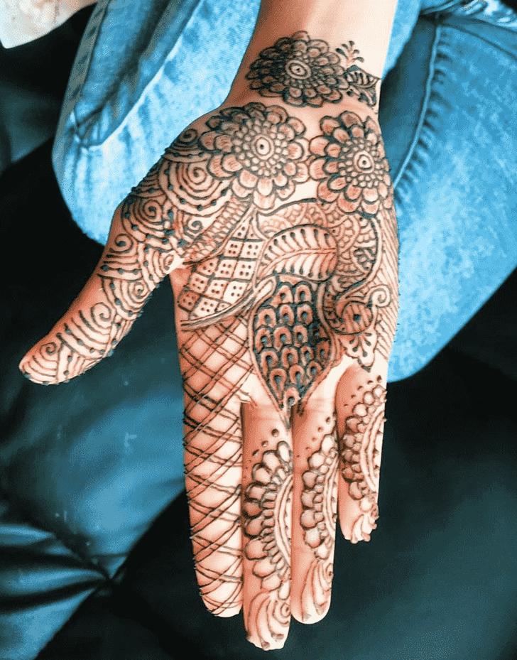 Adorable Kolkata Henna Design
