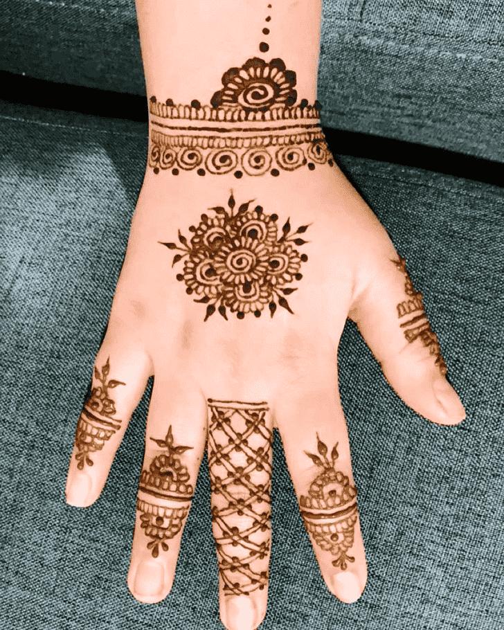 Bewitching Kolkata Henna Design