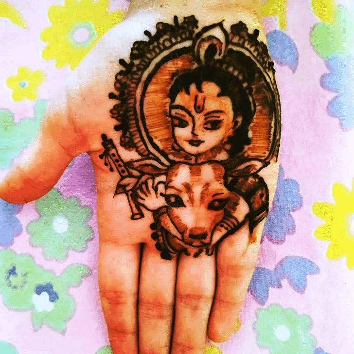 Shapely Krishna Henna Design