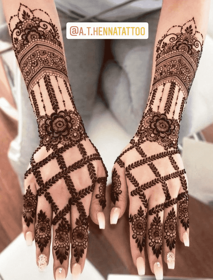 Alluring Kunduz Henna Design