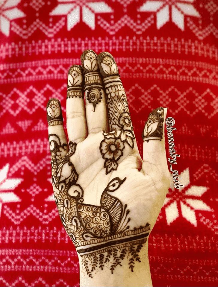Classy Kunduz Henna Design