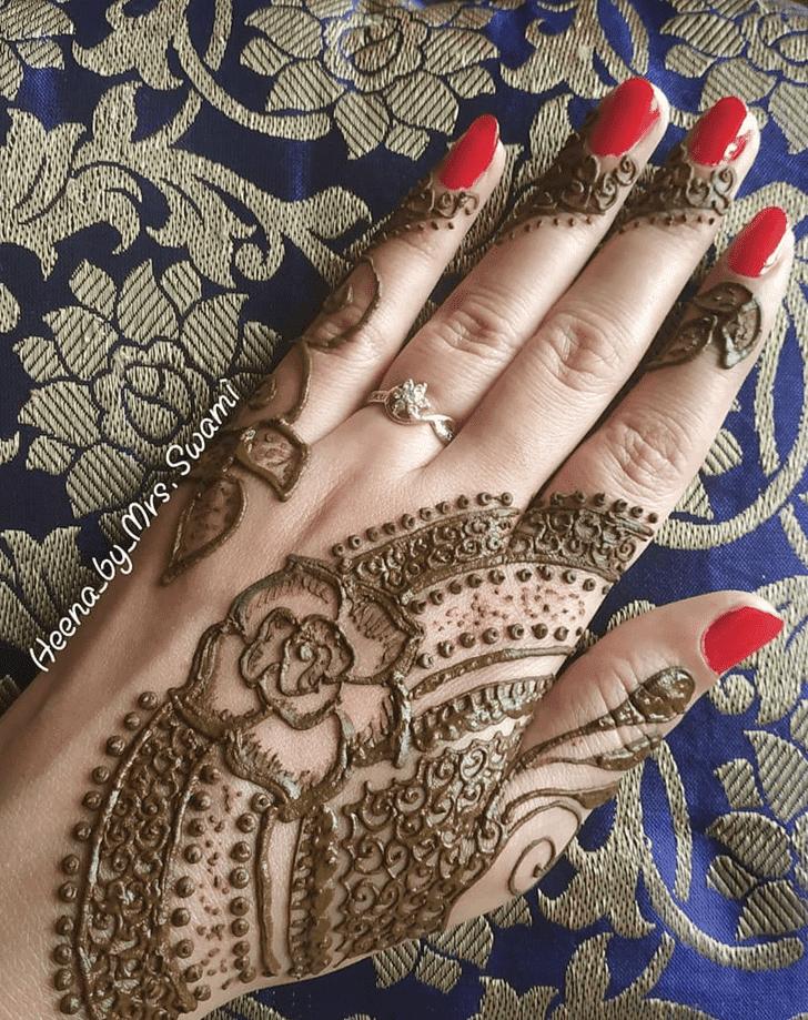 Alluring Kuwait Henna Design