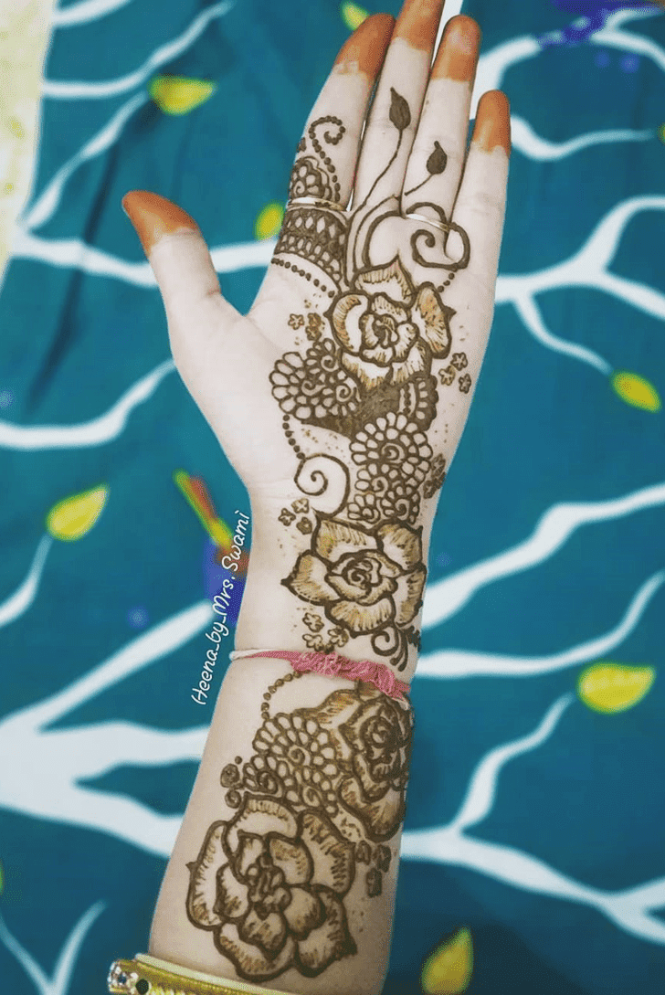 Classy Kuwait Henna Design