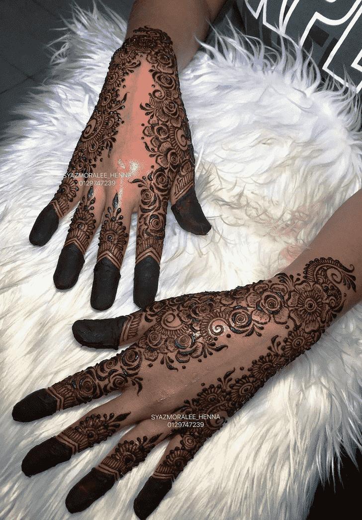 Angelic Larkana Henna Design