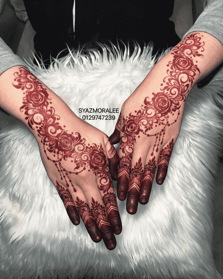 Charming Larkana Henna Design