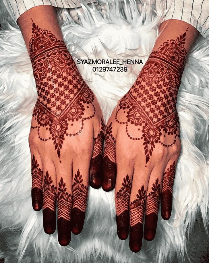 Pleasing Larkana Henna Design