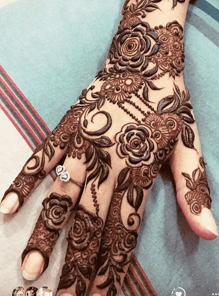 Angelic Leaf Henna Design