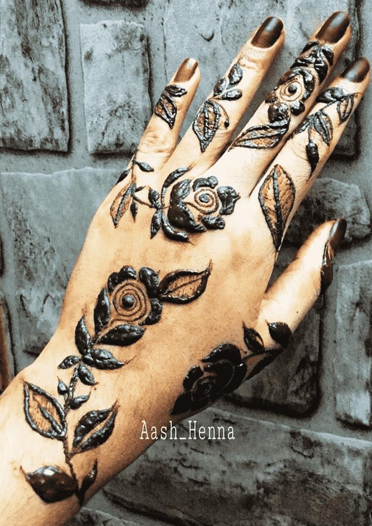 Captivating Leaf Henna Design