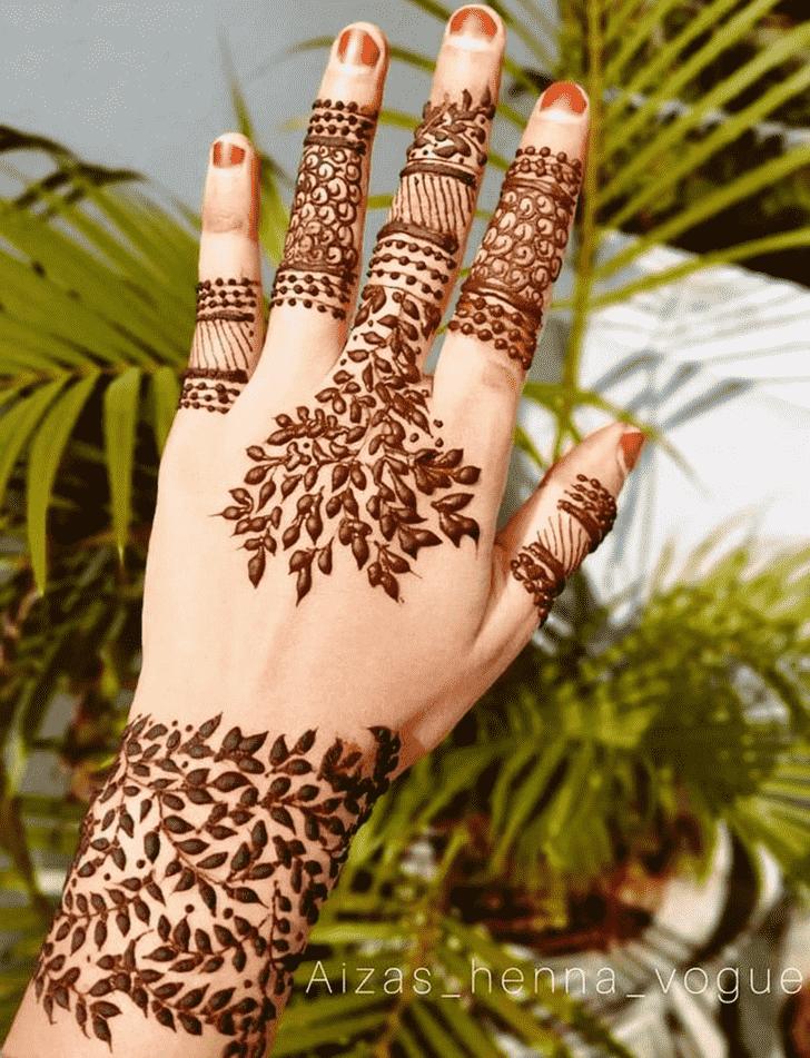 Charming Leaf Henna Design