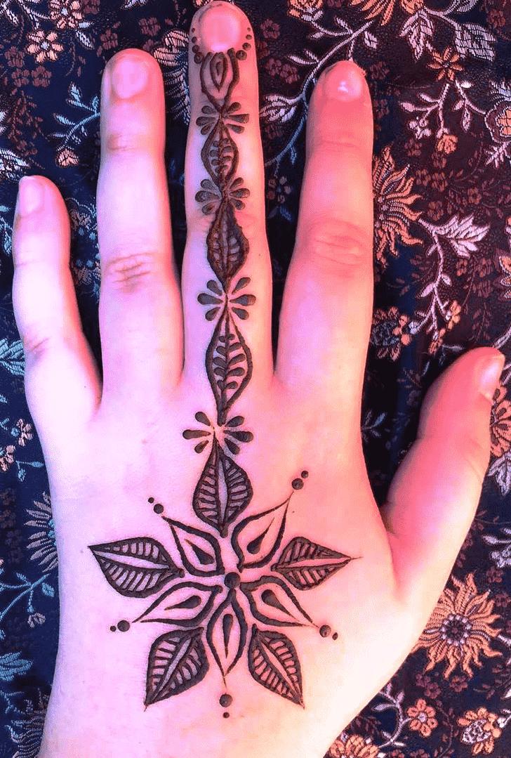 Classy Leaf Henna Design