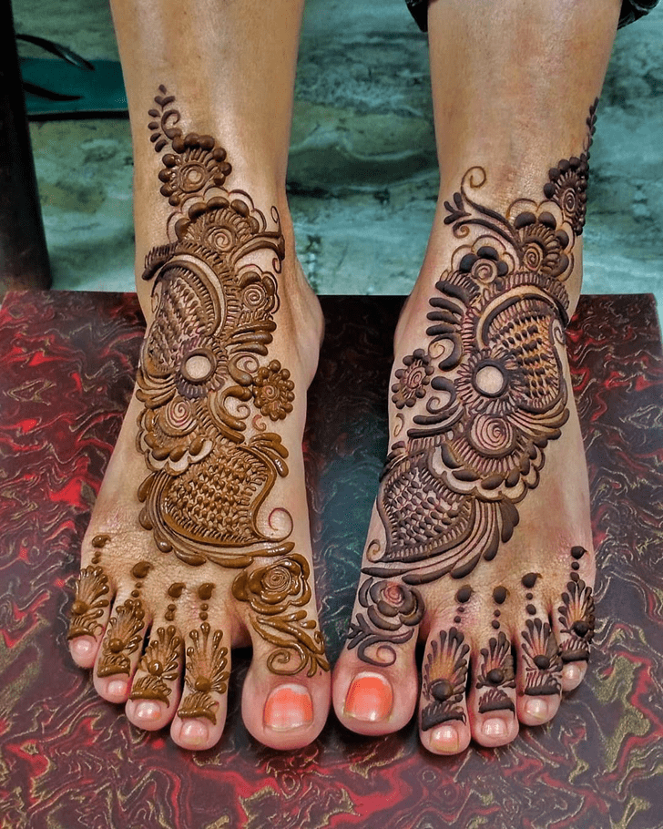 Flower Leg Mehndi Design